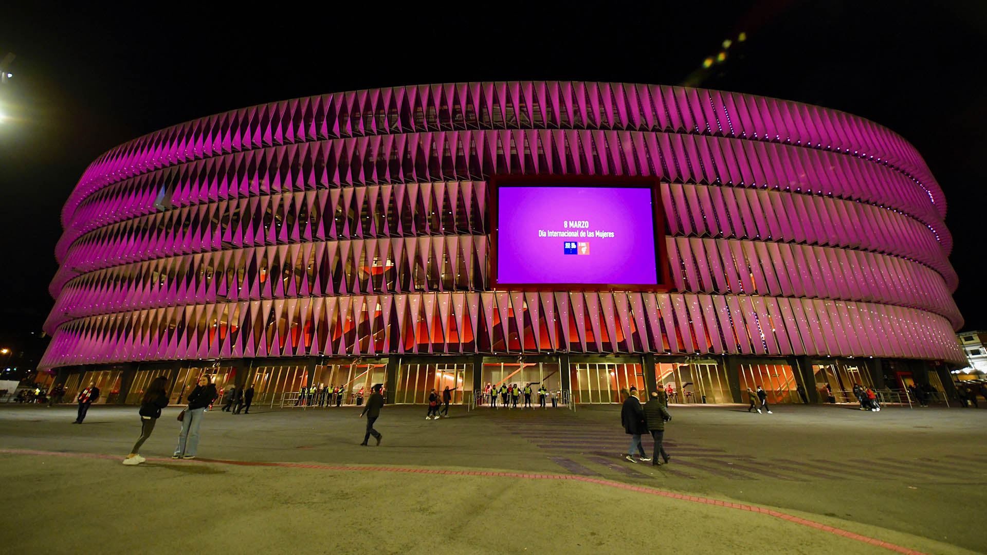 San Mamés in purple, mosaic and lighting