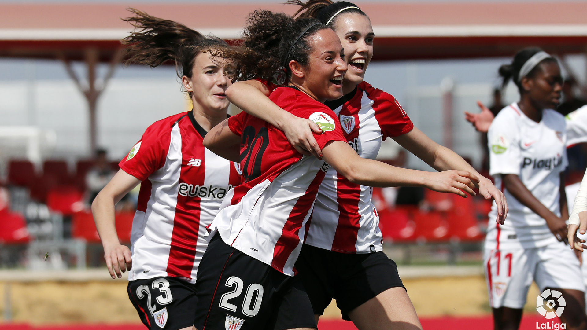 3ca9d8ce04f0 Sevilla FC 1 Athletic Club 2 second consecutive victory away from Lezama