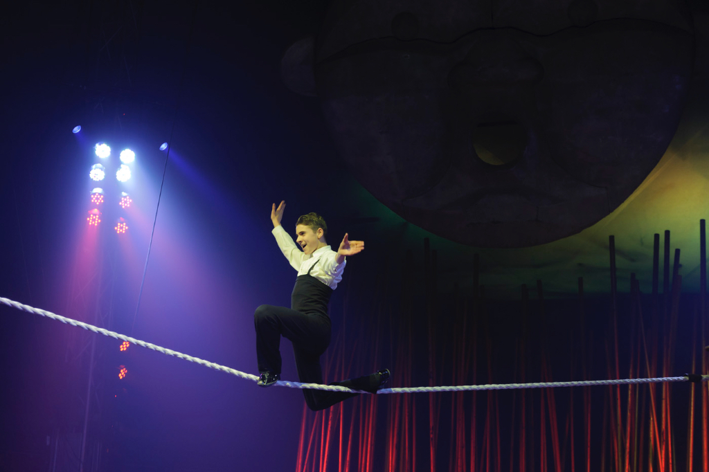 Visit of the Athletic Club to the Italian Circus