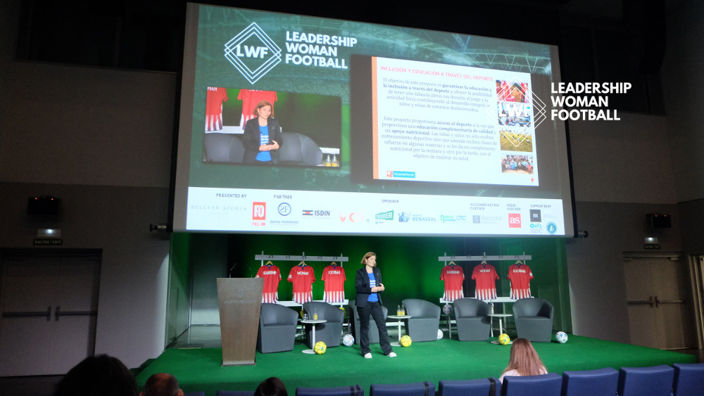 Women, leadership and football at San Mamés