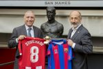 Stoichkov, a Golden Ball winner paying a visit to Athletic
