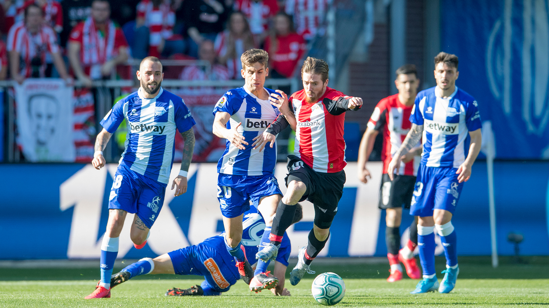 Alavés, first confirmed rival of the preseason