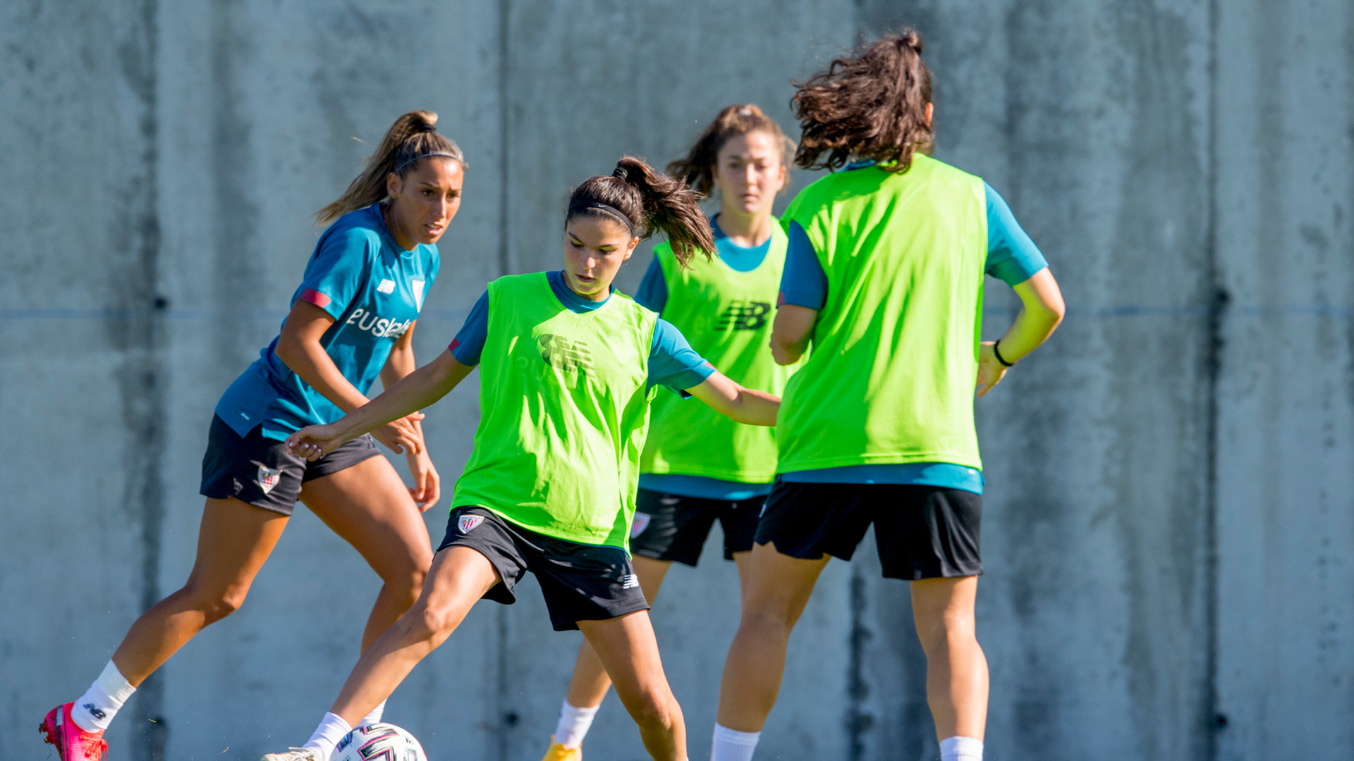 Athletic Club Women work schedule until September 27