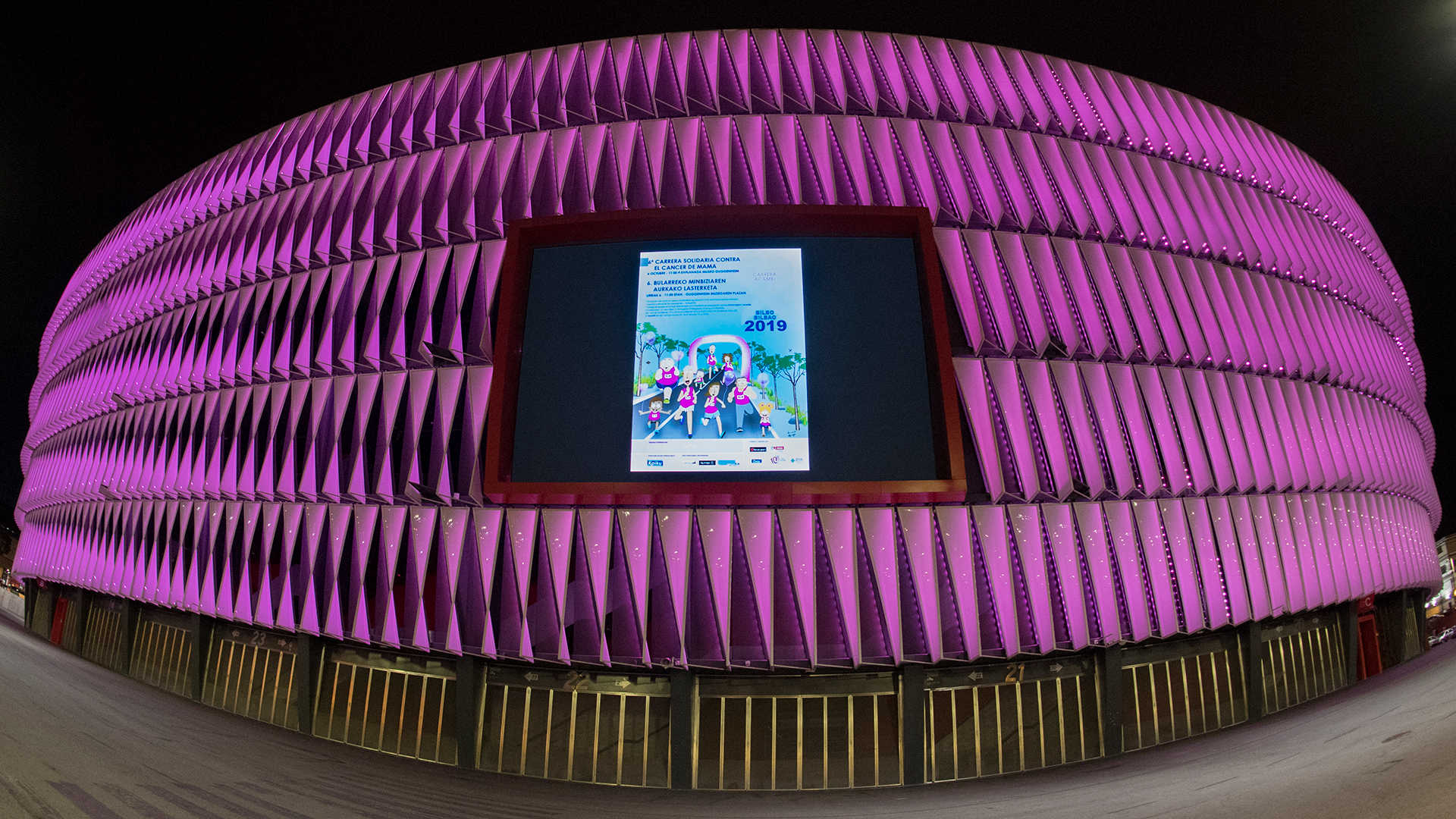San Mamés turns pink for the International Day against Breast Cancer