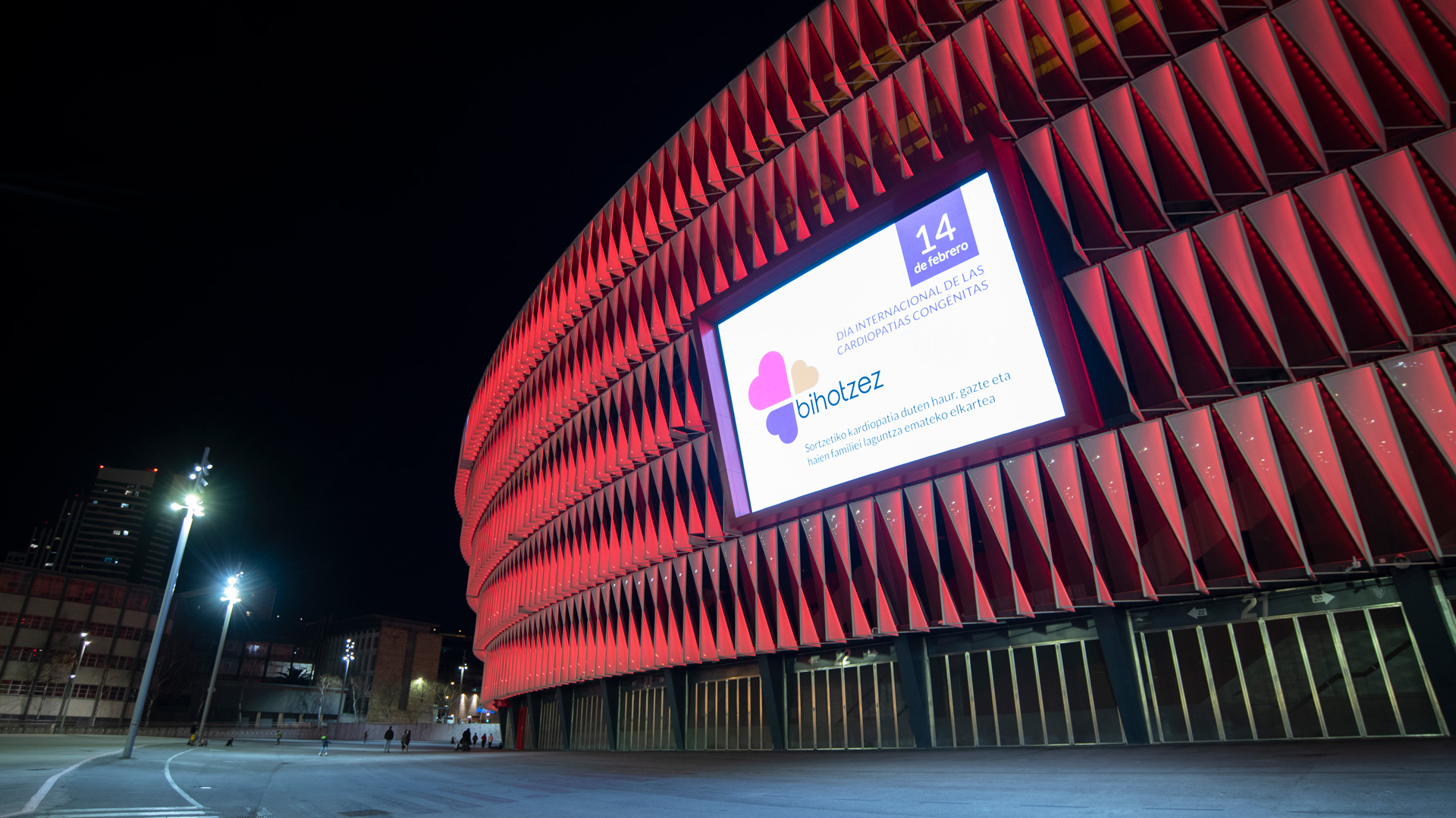 San Mamés turns red for Congenital Heart Defect Awareness Day