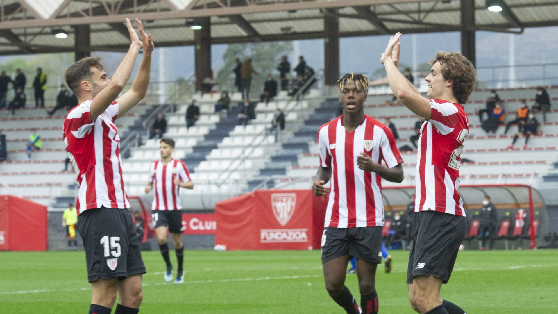 Bilbao Athletic – CD Laredo (19. J – 2. B Maila)